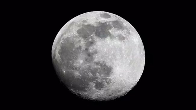 Rusya ve Çin, gözünü Ay'a dikti